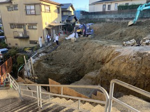 奈良県奈良市百楽園2丁目擁壁造成工事