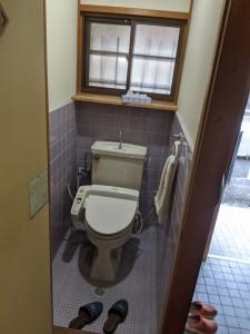 奈良県橿原市白橿町8丁目一戸建てリフォーム前トイレ